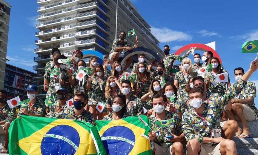 Time Brasil faz desfile particular na Vila Olímpica e celebra início dos Jogos Tóquio 2020